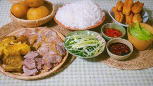 Hướng dẫn cách nấu Bún Bung hay còn gọi là Bún Chân Giò Dọc Mùng